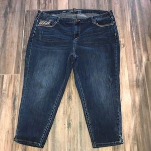 Gorgeous Lane Bryant Ankle Capri Jeans! 24